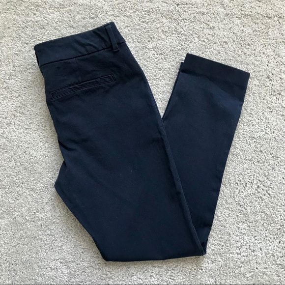 Old Navy Pants - Old Navy Pixie Never Fade Pants Size 6
